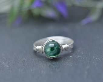 Emerald Wire Ring