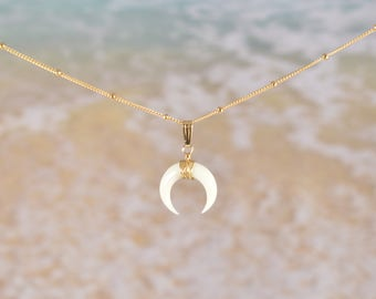 Double horn necklace, upside down moon necklace, gold horn necklace, gold moon necklace, crescent necklace, boho necklace, boho gift, horn