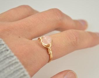 Rose Quartz Ring, Wire Wrapped Rose Quartz Ring, Rose Quartz Wire Wrapped Ring, Pink Gemstone Ring, Pink Stone Ring, Wire Ring, Rose Gold