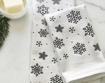 Bathroom Hand Towel Set Christmas Home Decor, Small Snowflake Fingertip Towels, Housewarming Gift, Winter Boho Decor, Farmhouse Bathroom