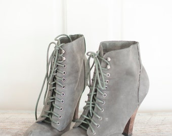 645e156cc7d super cute and chic! size 7 grey leather ankle lace up heeled booties