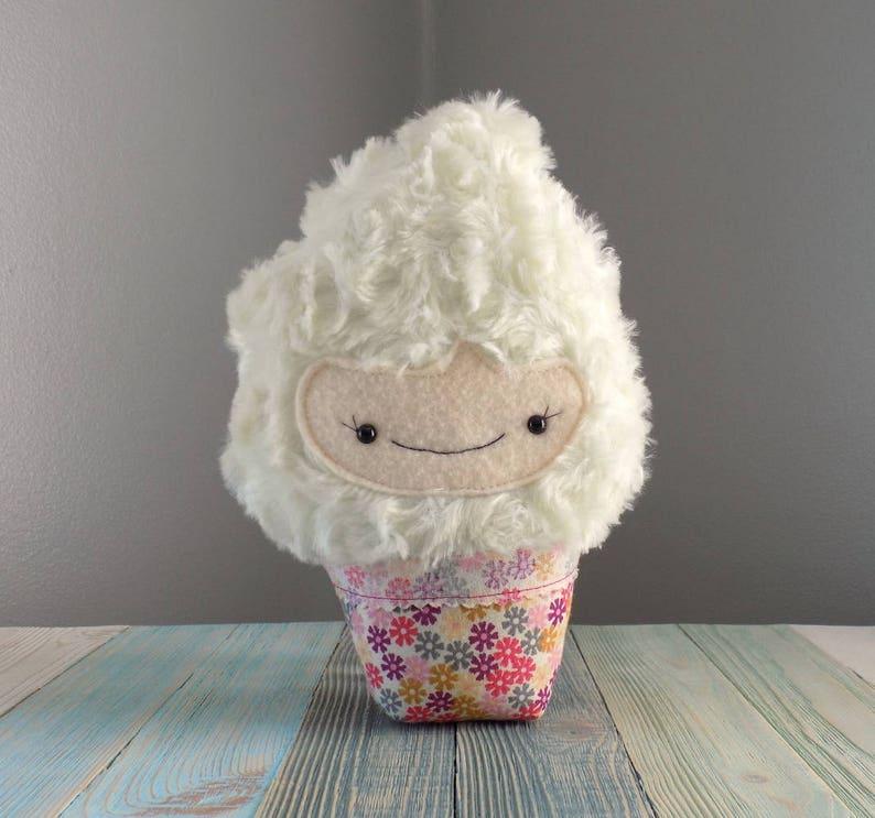 Kawaii crema eEtsy in Cake Cupcakes farcito Plushie sQdrCth