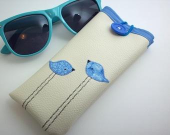 Eyeglass case in cream with blue birds