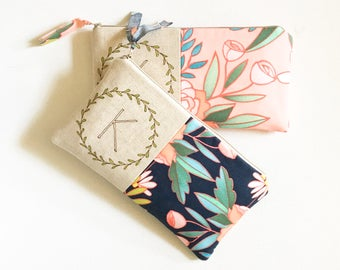 Floral Wedding, Monogram Clutch, Personalized Bridemaid Gift, Womens Gift, Botanical, Flowers, Gift for Women, YOUR FABRIC CHOICE