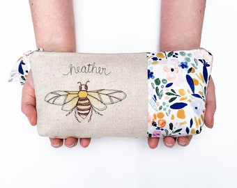 Christmas Gift for Her, Personalized Makeup Bag, Honey Bee Makeup Bag, Save the Bees Bag, Beekeeper Gift, Queen Bee, Bee Bag
