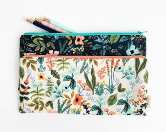 Unique Holiday Gifts for Her, Small Personalized Gift for Friend, Botanical Zipper Pouch, Purse Organizer, Wildflower Pencil Case