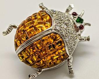 18k White Gold Beetle Pin