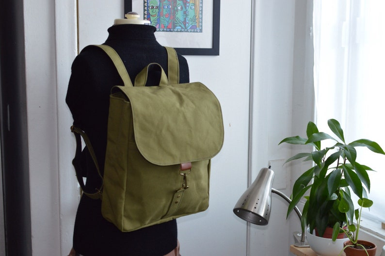 18oz Paraffin wax army duck backpack light olive