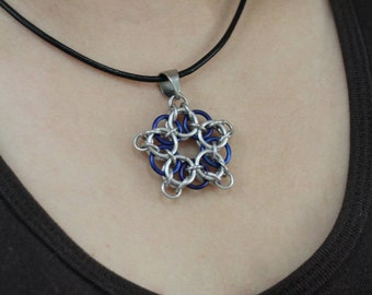 More Colours - Chainmaille Hollow Celtic Star Pendant (Silver-Based)
