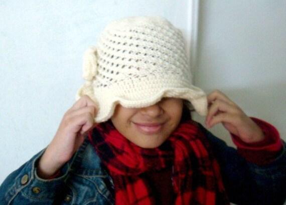 Cloche Hut stricken und Häkelmuster häkeln Blumenmuster | Etsy
