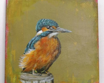 Kingfisher on post.