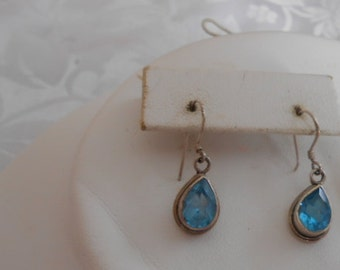 Vintage earrings, aquamarine crystal and sterling silver drop earrings, pierced earrings, blue earrings, vintage jewelry