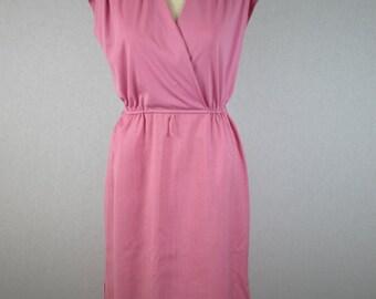 Monochromatic Sweetheart Pink Sleeveless Dress