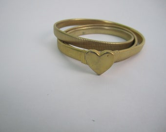 """Heart Stretch Belt~Vintage~Metal~Gold Tone~ML~Size 35"""" to 38"""""""