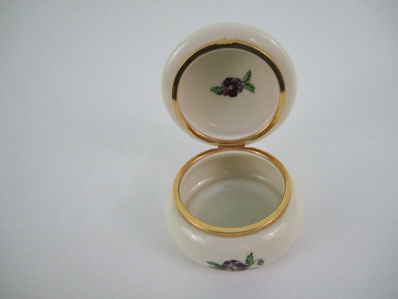 Trinket Box~Vintage~Porcelain~Floral~Tea Light Holder~Partylite