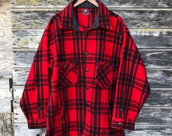124b3d79af6 Vintage red black plaid wool flannel jacket 50s retro 1950s rockabilly  lumberjack coat Johnson Woolen Mills men XL oversized vtg grunge