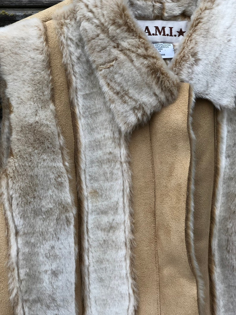 Ladies L large AMI festival gift Vintage faux fur vest tan cream beige camel shearling sheepskin bohemian boho vtg patchwork vest A.M.I