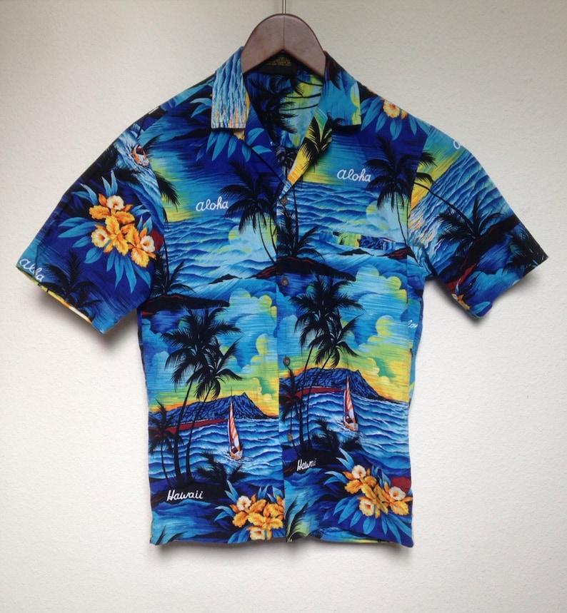 b051b04c51d Vintage blue Hawaiian shirt men s XS Aloha shirt palm tree
