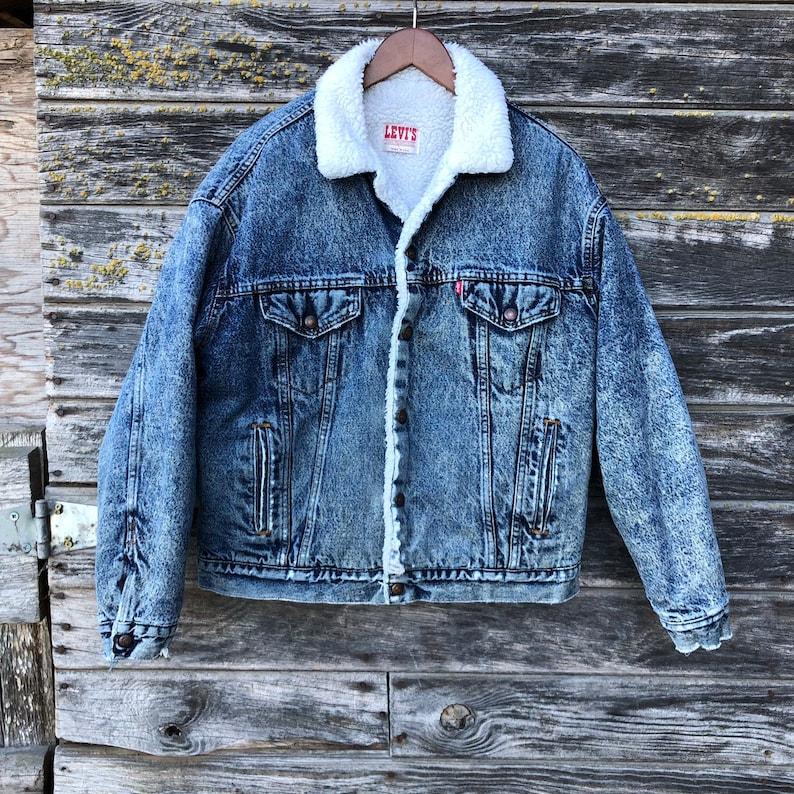 efabb4c6bab Vintage Levi s acid wash denim sherpa jacket 80s jean