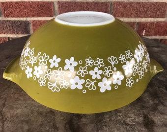 PYREX 4 qt. #444 Spring Blossom Cinderella Mixing Nesting Bowl, 1970s Crazy Daisy Pattern