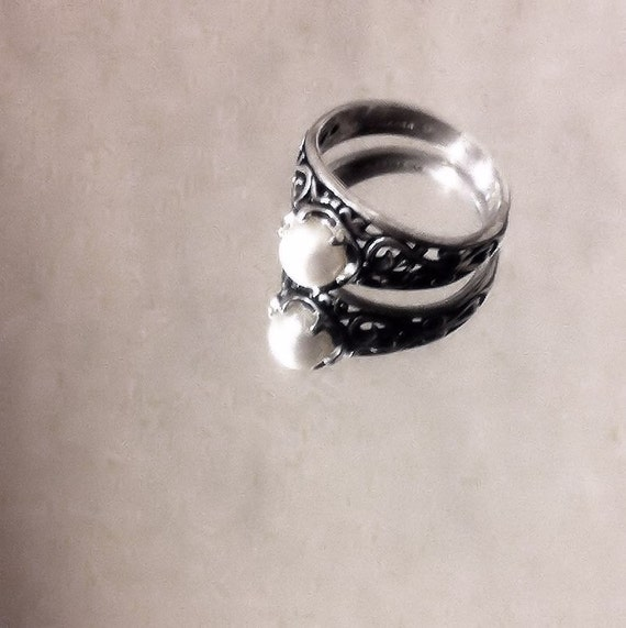 Tiny Moon Culured White or Black Pearl Ring Antiqued Sterling Silver Filigree Scroll work gypsy handmade fine jewelry size 4 5 6 7 8 9 10 11