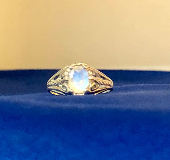 Iridescent Faceted Rainbow Moonstone Filigree Sterling Silver Ring Handmade size 4 4.5 5 5.5 6 6.5 7 7.5 8 8.5 9 9.5 10 fine jewelry