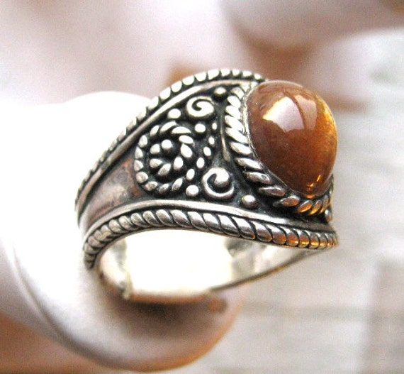 Genuine Sunstone cabochon Sparkling Catseye Effect Sterling Silver Handmade Wide Cigar Band Ring Fine Jewelry