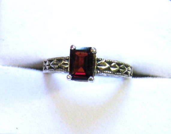 Deep Red Garnet Emerald Cut Gemstone Sterling Silver Patterned Band Ring handmade size 4 5 6 7 8 9 10 blue topaz golden citrine fine jewelry