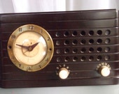 Telechron Electric Clock Radio, Vintage Home Decor, Vintage Clock Radio, Art Deco Style Clock, Radio Works, Clock Not Working