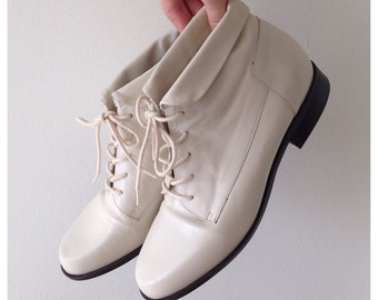 SALE Vintage white leather booties