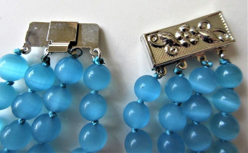 Blue Faux Cat/'s Eye Necklace 16 to 19 Multi Strand Vintage