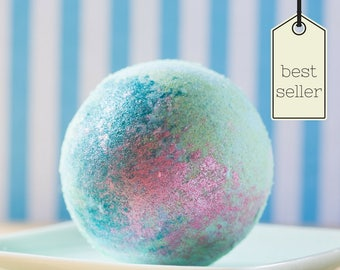 Mermaid Kisses Bath Bomb  Free Shipping, Gifts for Her  Gifts for Her  Mother's Day Gifts  Housewarming  Free Shipping  Cruelty Free