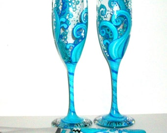 Ocean Blue Waves 4 Piece Wedding Set Cake Knife & Server Set With Two 6 oz. Hand Painted Champagne Flutes Wedding Toasting Flutes Aqua Blue