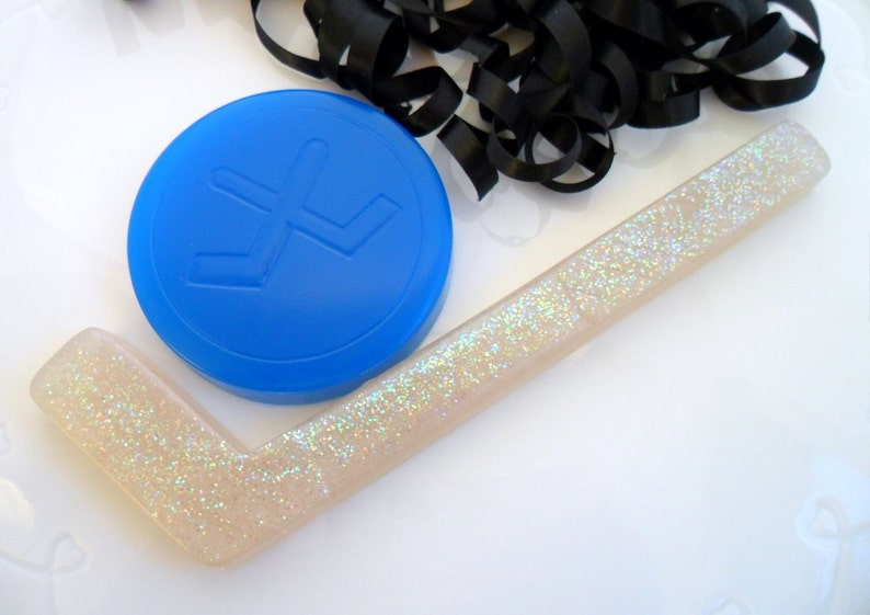 Set of 10 Hockey Puck Soap Favors Hockey Gender Reveal Ice Hockey Birthday Party Favors Hockey Baby Shower Favors Boys Birthday