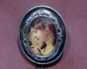 Ornate Oval Photo Frame Brooch - Antique Silver