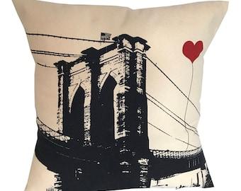 Brooklyn Bridge Square Canvas Throw Pillow