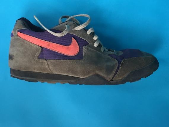 Vintage 90s NIKE MTB SHOE Purple / Gray