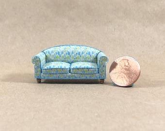 Overstuffed Style Sofa - Quarter Inch Scale Dollhouse Furniture