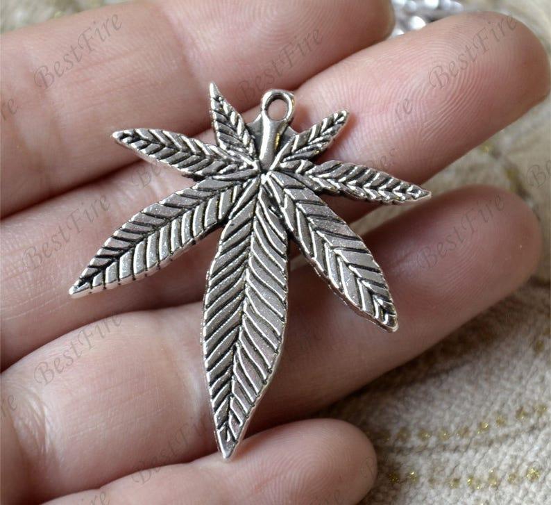 10 pcs  Charms Large Marijuana Leaf Pendant Antique silver image 0