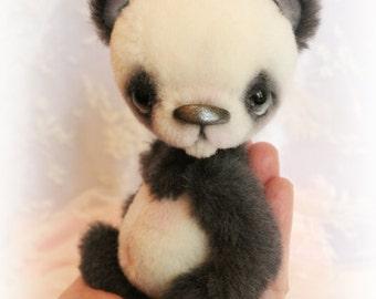 Patron pour confectionner un panda de 14 cm
