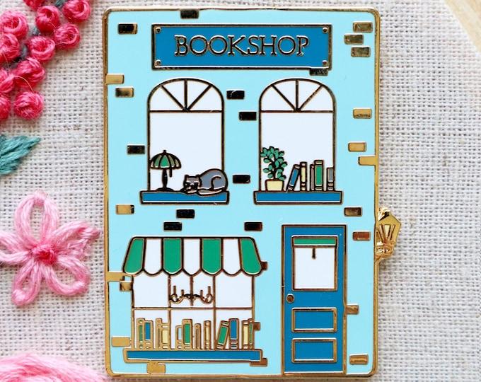 Bookshop Main Street Needle Minder