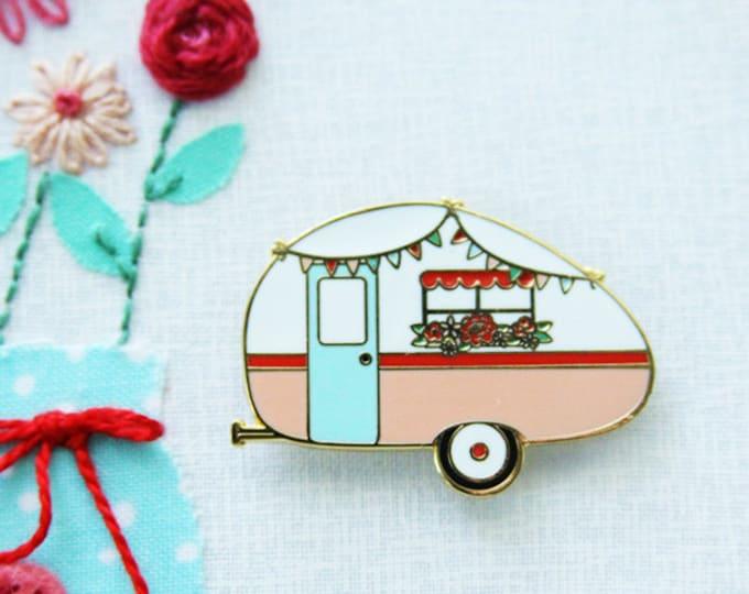 Floral Vintage Camper - Magnetic Embroidery Needle Minder