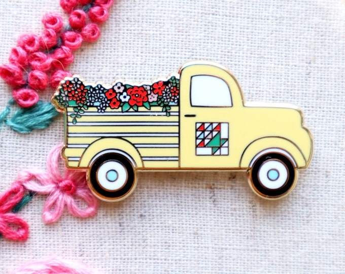 Vintage Flower Truck - Magnetic Embroidery Needle Minder