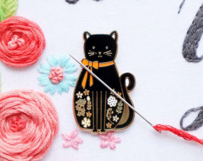 Halloween Cat - Magnetic Embroidery Needle Minder