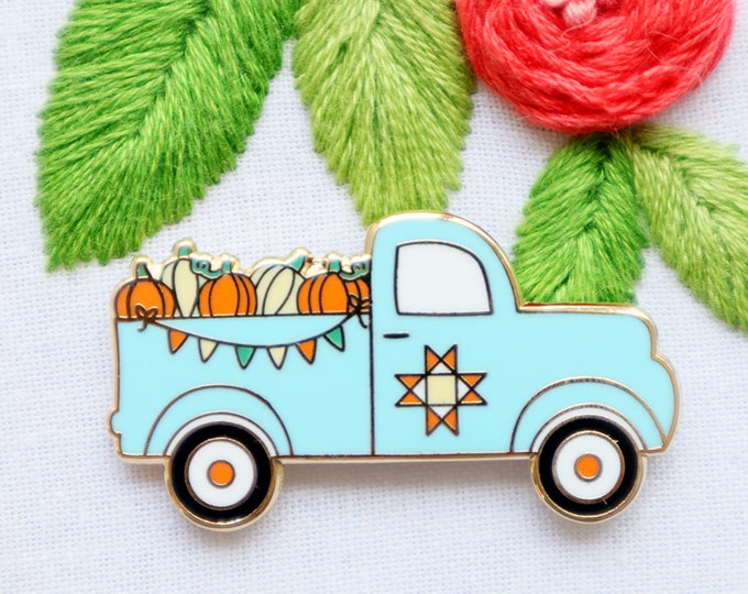 Vintage Fall Pumpkin Truck - Magnetic Embroidery Needle Minder