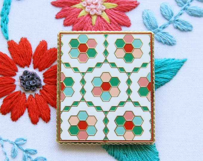 Vintage Flower Garden Quilt - Magnetic Embroidery Needle Minder