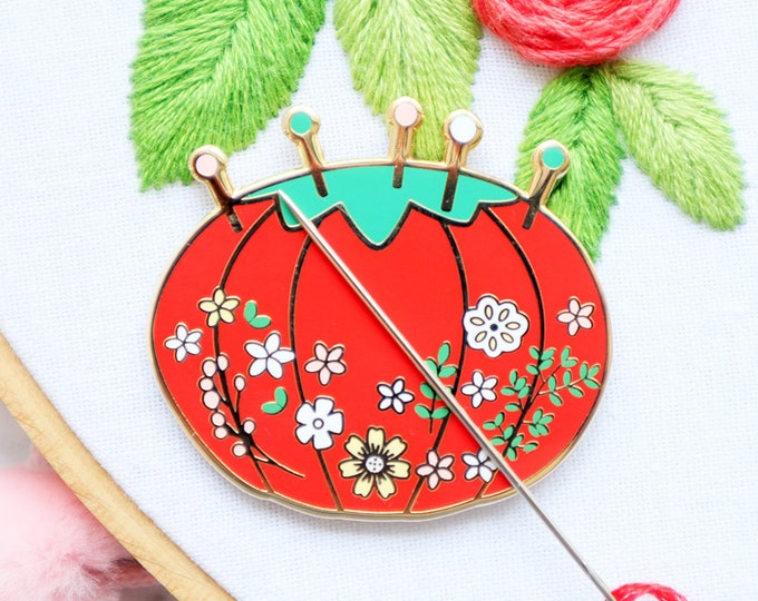 Vintage Floral Pin Cushion - Magnetic Embroidery Needle Minder