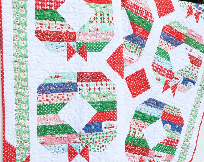 Holly Jolly Wreath PDF Quilt Pattern