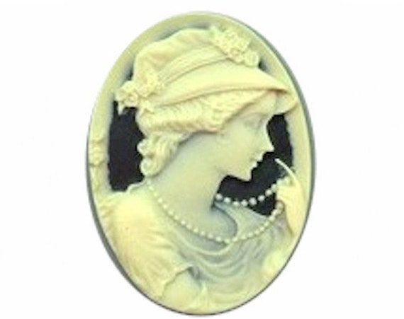 Cabochon Black and Ivory Rose Resin Cameo 25x18 jewelry findings gothic rose 632r