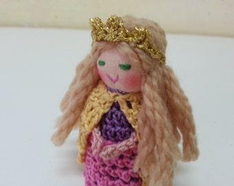 Princess Fiona Finger Puppet